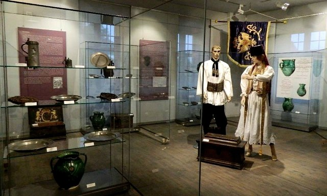 Expozitie-muzeu-custode