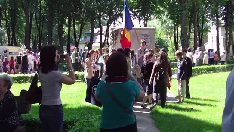 Monumentul-Cercetasului-din-Tecuci